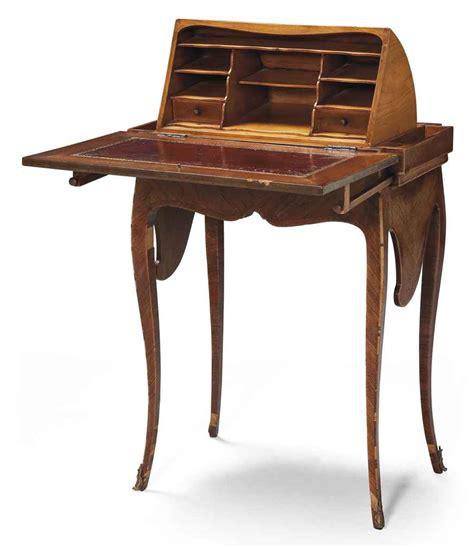 petit bureau vintage petit bureau en capucin de style louis xv christie 39 s