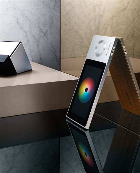 intelligent  intuitive bang olufsen beosound moment  system