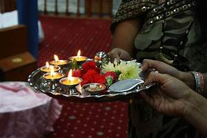 File:(1) Aarti Thali, Prayer Plate India jpg - Wikimedia