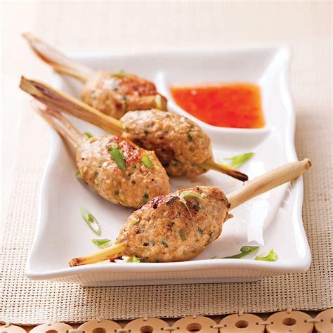 bouchées de poulet sur bâton de citronnelle recettes