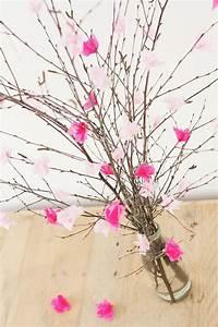 Blumen Aus Seidenpapier : die besten 17 ideen zu blumen falten auf pinterest ~ Orissabook.com Haus und Dekorationen