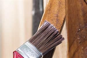 Rigipsplatten Streichen Ohne Grundierung : holzbalken f r au en streichen so machen sie 39 s richtig ~ Watch28wear.com Haus und Dekorationen