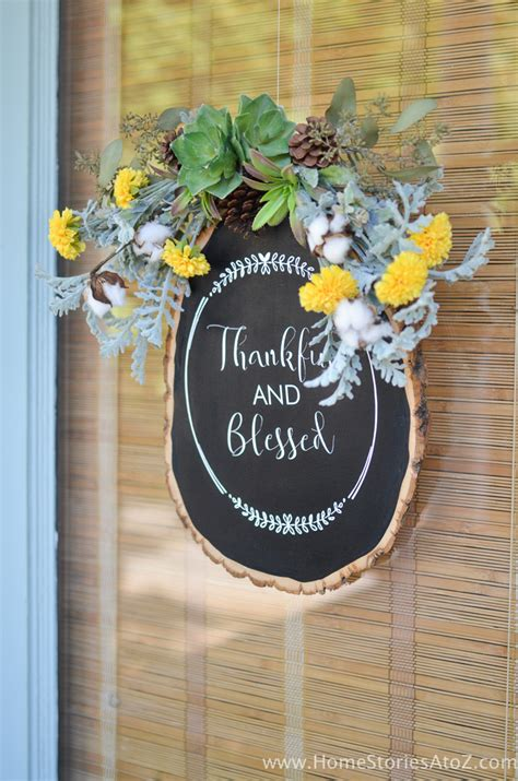 fall door decor     chalkboard wood slice craft