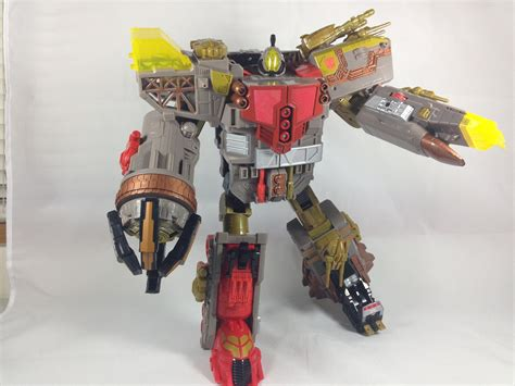 omega supreme year of the snake omega supreme pax cybertron