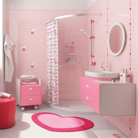 Pink Bathroom Wall Decor by حمامات أطفال بألوان مختلفة أنثى