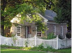Picket Fence Designs Pictures of Popular Types