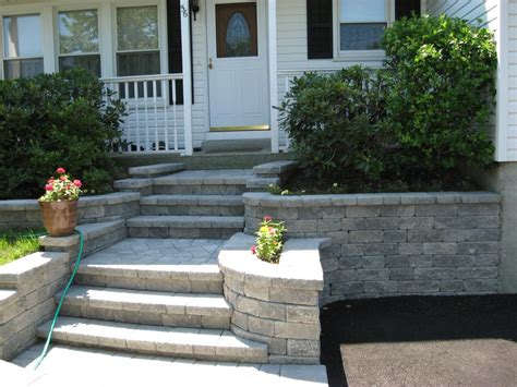 pictures of front steps and walkways front steps and walkway front yard pinterest front steps front entrances and walkways