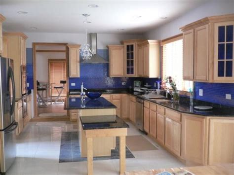 wall color for oak cabinets kitchen wall colors with oak cabinets home furniture design