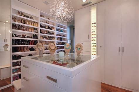 walk in closet with island closet design