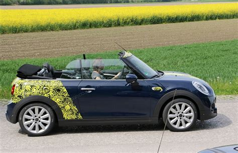 It's 2016's New Soft-top Mini By Car