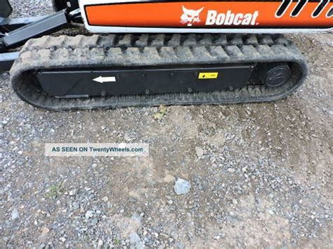 bobcat   rubber track mini excavator  speed backhoe skid steer kubota