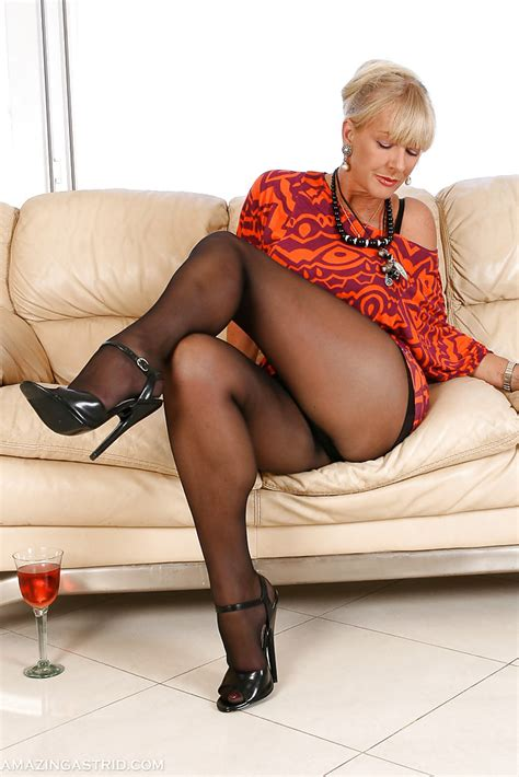 Blonde Pantyhose Model Amazing Astrid Letting Large Tits