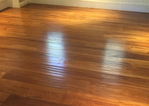 Maui Wood Flooring Install Living Room Palette Wall Colors Photos Flooring Options Kitchen Combo Storage Cabinets Pic Of Paint 2014 How To Place Rug In