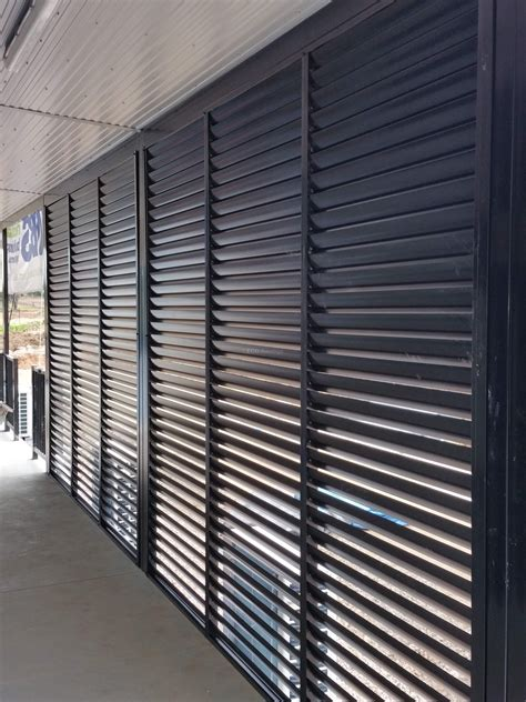 privacy screen louvers  fixed welded louvers