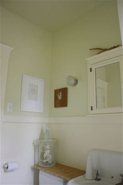 painting bathroom ceiling same color as walls