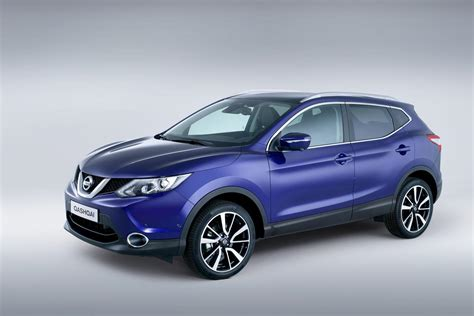 nissan qashqai nissan cars news 2014 nissan qashqai officially unveiled