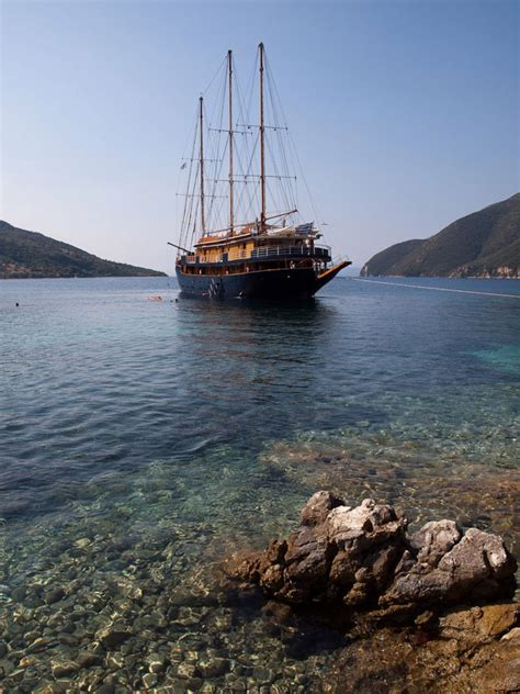 Small Ship Cruises Of Greek Islands | Detland.com