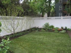 Garden design 48002 garden inspiration ideas for Simple and easy backyard privacy ideas