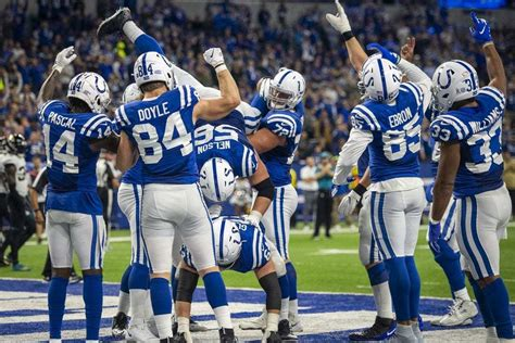 indianapolis colts  win total    faces