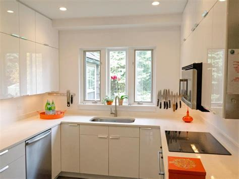 Kitchen Ideas for Small Kitchens to Look Chic and Airy