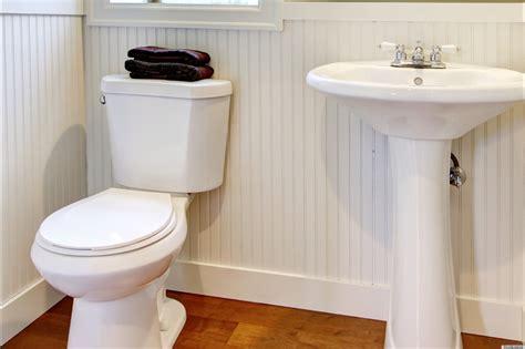 cleaning  toilet  coca cola gatorade