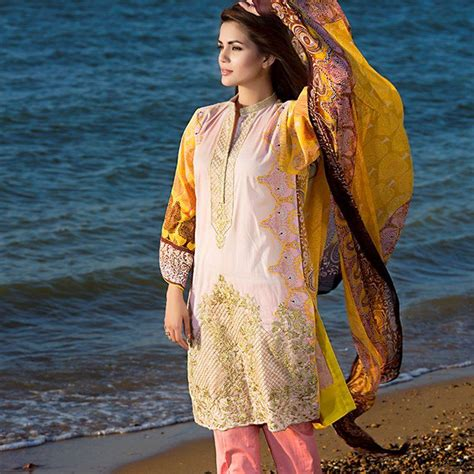 Latest Pakistani Fashion 2018-19: Medium Shirts with ...