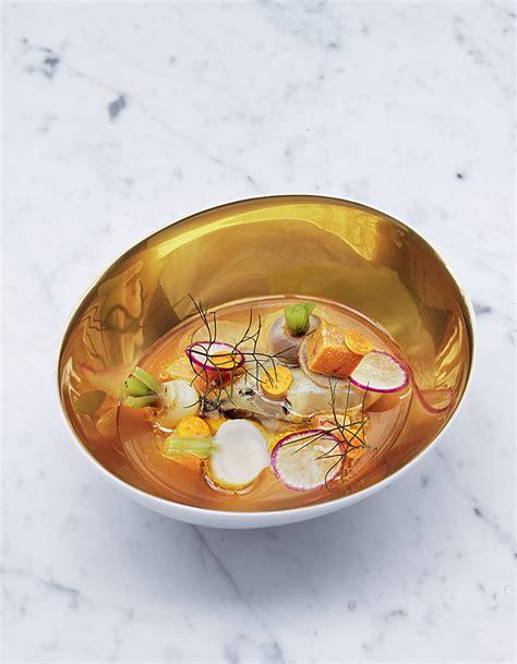 cuisiner le foie gras frais ravioles de foie gras de canard bouillon au céleri