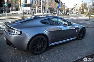 Aston Martin V12 Vanquish : aston martin v12 vantage s 2 march 2017 autogespot ~ Medecine-chirurgie-esthetiques.com Avis de Voitures