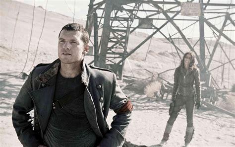 En 2018, après l'apocalypse qui a vu s'affronter les hommes et les robots, john connor est devenu le chef de la résistance humaine contre skynet et son armée de terminators. Terminator Renaissance - Film (2009) - EcranLarge.com