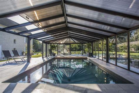 toiture pour veranda en polycarbonate v 233 randa pour piscine toiture en polycarbonate bronze