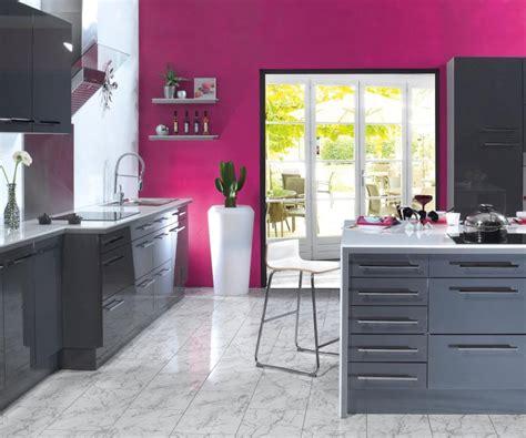 deco cuisine gris et noir déco cuisine fushia gris