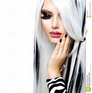 Fille Noir Et Blanc : style noir et blanc de fille de mode image stock image ~ Melissatoandfro.com Idées de Décoration