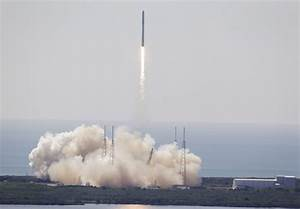SpaceX launch to space station ends in failure - Macleans.ca