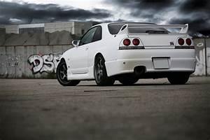 Nissan Skyline R33 GT-R II by Ferosso on DeviantArt