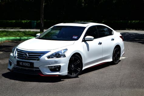 Review Nissan Teana by Review Nissan Teana 2 5 Xv News And Reviews On