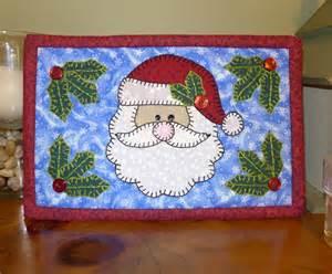 PDF Pattern for Santa Mug Rug, Christmas Mug Rug Pattern, Santa Mini Quilt Pattern - Sewing Pattern, Tutorial, DIY
