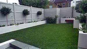 Artificial grass easi grass grey painted fences modern for White garden walls