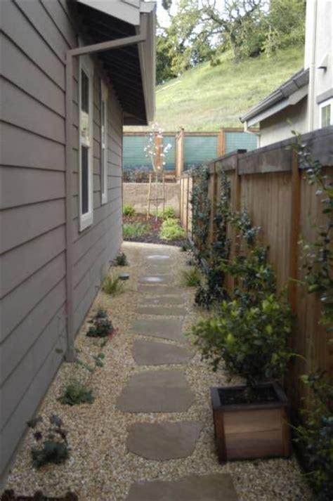 landscaping narrow side yard ideas for the house