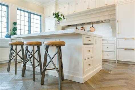 White Center Island with Backless Round Wood and Leather