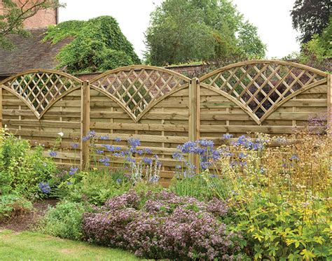 europa finedon screen with its fan like trellis this