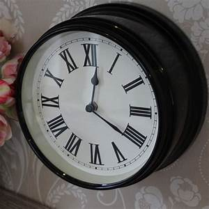 Round black wall clock melody maisonr for Round wall clocks black