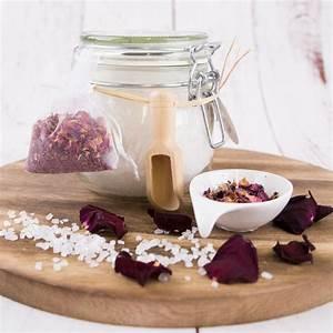 Rosen Im Glas : badesalz rosen im glas mit rosenbl ten zum dosieren acora giving ~ Eleganceandgraceweddings.com Haus und Dekorationen