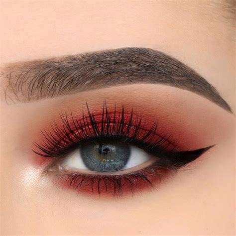 Для миндалевидных глаз макияж как сделать правильно?