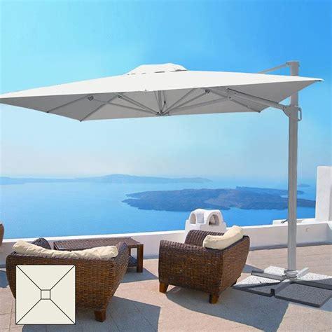ombrelloni per terrazzi realizzare coperture terrazzi coprire il tetto come