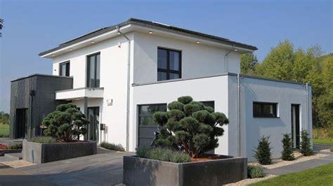Moderne Häuser Leipzig by Okal Er 246 Ffnet Als Musterhaus In Schkeuditz Ein Moderne
