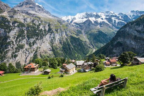 pueblo suizo ofrece   mil  vivir alla noticias