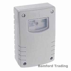 Weatherproof Ip44 Dusk To Dawn Switch Sunset Sensor