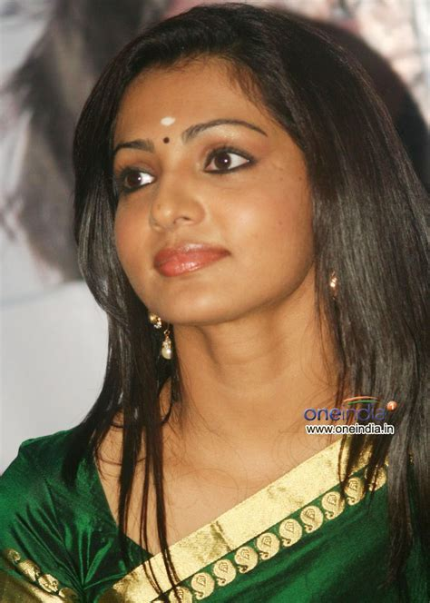 Parvathy Menon Photos Parvathy Menon Images Pictures