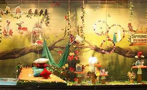 100+ Creative Summer Window Displays, Ideas & Designs
