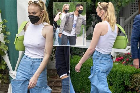 Sophie Turner turns heads in kooky jeans on lunch date ...